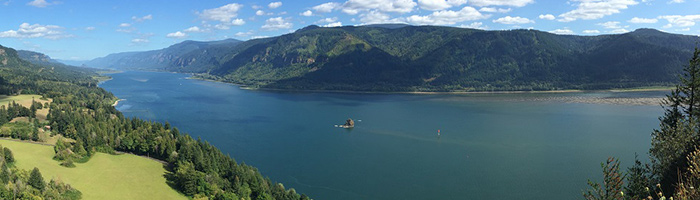 Washougal Roofing Contractors by Executive Roof Services. Image of the Columbia River from Washougal, Washington.